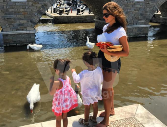 «Μια ημέρα με τις κορούλες μου, η ζωή μου όλη…»